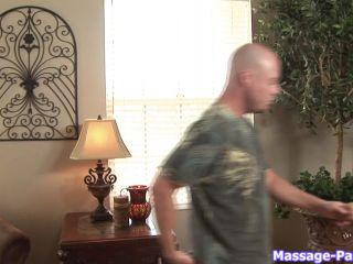 Lizzy London - Massage