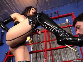 Femdom – Mistress Tangent – Boot Servant for Mistress Tangent