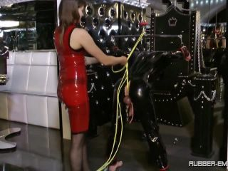 Bondage Male – Femdom and StrapOn Clips – Rubbertoy in Troubel – Lady Lilith