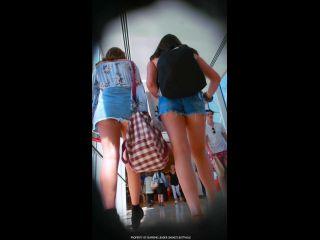 [thecandidforum.com] The video filmed under the skirt of the girls (21 videos, PrincessLeia) [2017-2018, Voyeur, Upskirt, Compilation, 1080×1920, CamRip] | compilation | voyeur