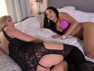 Online shemale video Sunshyne Monroe and Angelina