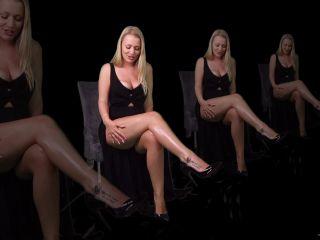 K2s.cc – Goddess Poison – Entranced by my legs on femdom porn femdom slave