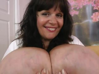 bbw - Clips4Sale presents Suzie Q aka Suzie 44K in Cum On My Tits