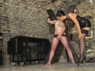 Queens of Kink - Fetish Liza - Heeled Ballbusting Torture!!!