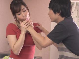 JUL-086 My New Husband, My Husband, Is Playing With My Apron Next To My Wife. Yuka Oshima