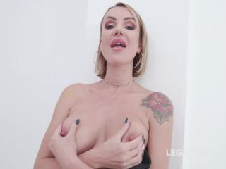 New 04.11.19 Elen Million squirt during TAP and rosebutt loose on milf blowjob vomit