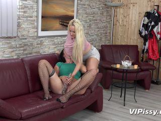 VIPissy - Angel Wicky, Isabel Dark!!!