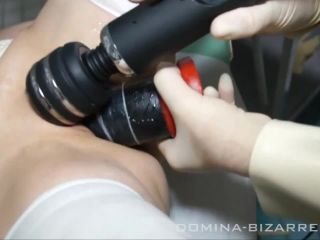 Lessons deep penetration with giant dildo in the clinic