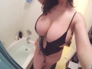 LanaKendrick presents Lana Kendrick in Webcam 11 (2017.04.28)