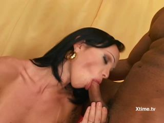 Transsexual needs with Carla Novaes