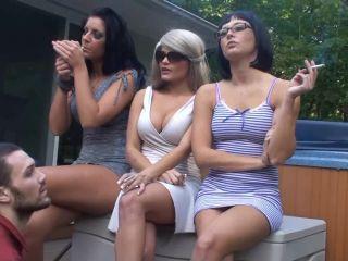 Bratprincess – Christina, Kourtney, Remi – 3 Smoking Girls with One Human Ashtray (1080 HD)