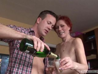 Czech Home Orgy - Home orgy full of mature pussy