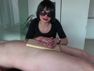 Human Ashtray – Mistress Arina – Burning Cock