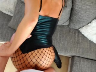 BootsShoesVideos003685