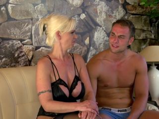 [Xhamster] Sexy busty MILF fucked in her pussy and milked on her huge boobs