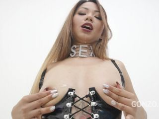 Jureka Del Mar drinks huge bowl of piss and gets fucked 5on1 with Double Anal SZ2751