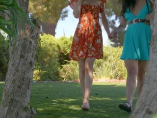 Shyla Jennings, Whitney Wright, Mackenzie Moss – Caught By The Jogger!!!