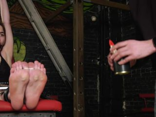 Tickling torture – Russian Fetish – Torture of Elizabeth's feet – Tickling and bastinado