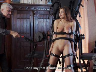 femdom domestic slave Graias.com – The training – part 2 of 3, spanking & whipping on femdom porn