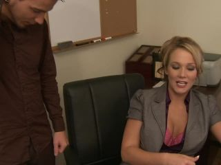 My Boss is a Cougar, Scene 5