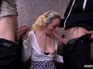 Title Lisa 38 Years Old French New