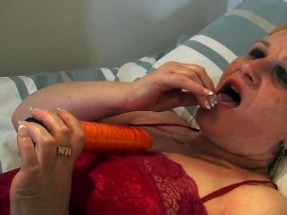 Tina gets dirty with a dildo