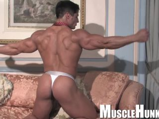 iness muscle man