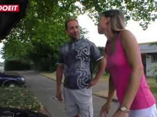 Hot pickup and fuck with naughty mature German amateur