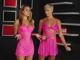 Naked News - October 02 2018