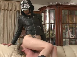 Smothering 6968 Bitch out of hell in leather