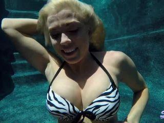 Online porn - SexUnderWater presents parker scuba training 12k teens