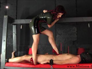 trampling In Red Heels (77.27 Mb, Avc, )