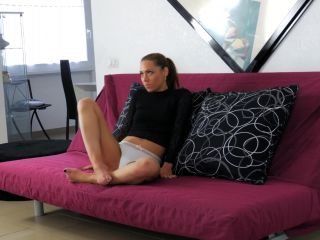 Online porn - UNCHAINED PERVERSIONS SEX AND SUB – Foxy Sanie – LESSEE FACIAL ABUSE (vomit mask) handjob