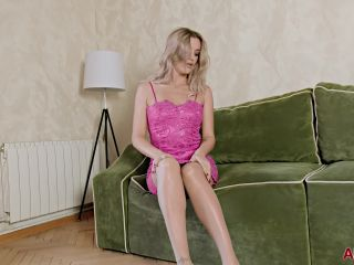 Solo - Bella Bond - Mature Pleasure 2020,
