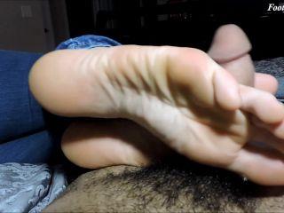 Yuri Foot Fetish