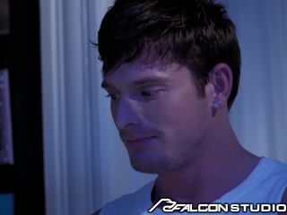 studios brent corrigan bots for ripped skyy knox!