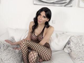 Online fetish - Bailey Paris