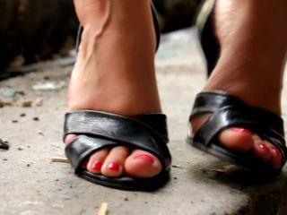 satin panty fetish DIRTY FEET TEASE, footworship on feet porn