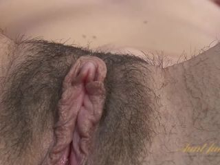 Sable Renae Shoves Her Whole Hand in Her Vagina
