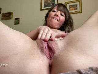 Sexy Alex Bishop, webcam hairy pussy and