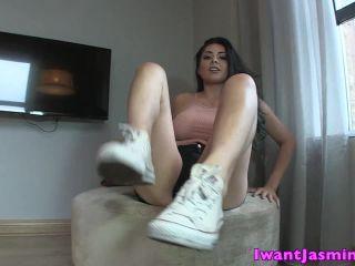 Jasmine Mendez - Dirty Shoe Sniffer(Femdom porn)
