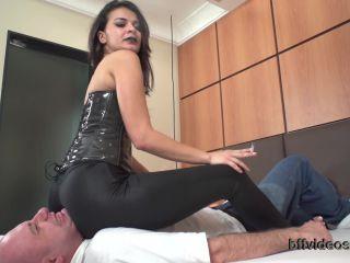 Bffvideos - Liz Bella - Aggressive Liz Bella Pt.1 - scissored - fetish porn bbw smoking fetish