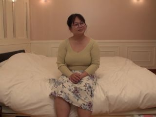 FC2-PPV-1636847 [None/Piece] H-cup chubby perverted glasses actress Fujiko got fucked! I want to play a breastfeeding game with her.