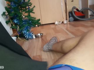 FOOTJOB. GIRL WHITH PRETTY LEGS IN PANTYHOSE MASTURBATING SMOOTH DICK ...