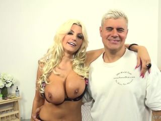 Brittany Andrews - Blonde Bombshell Brittany Andrews Goes Wild!