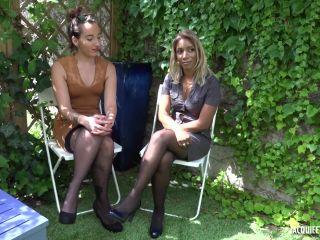 JacquieEtMichelTV/Indecentes-Voisines - Prya, Anais - Quand Prya, 39ans, rencontre Anais, 21ans    anal   cumshot best hardcore porn movies