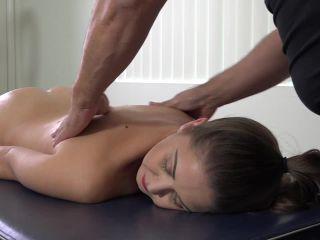 Online Fetish video Hot Oil Nude Spanking Massage – Chrissy Marie