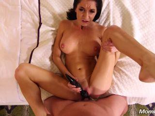 Online video Silvia Saige edian pornstar gets Creampie) creampie