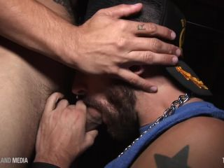Leather pig facefucked in gay bar basnt!