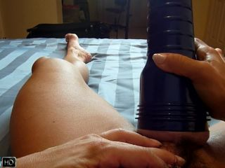 muscle hairy girl fucks her hige clit with pump